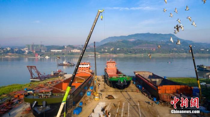 2020年長江干線貨物通過量突破30億噸,再創歷史新高