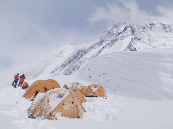 海拔7028米的C1营地。巴桑塔曲 摄 图文来源: 中国登山协会