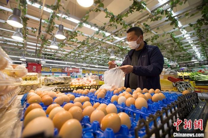 哪个季度经济能够走出负增长区间?发挥好消费和投资的作用