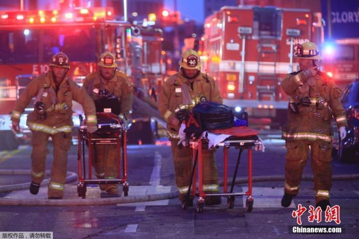 美国洛杉矶市中心发生爆炸 11名消防员受伤图片