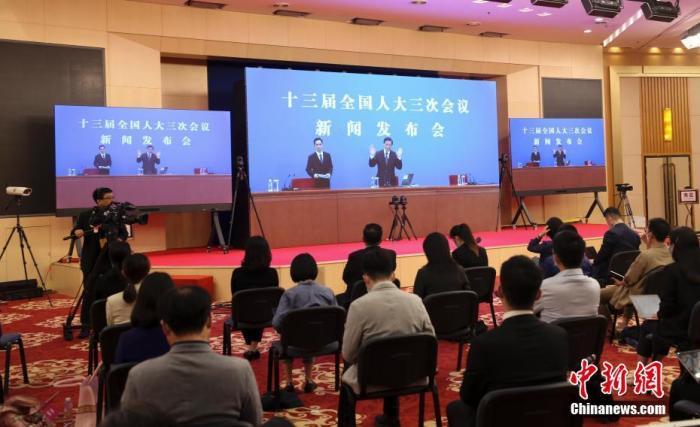 张业遂:中美关系处重要关口 关键在于坚持不冲突不对抗