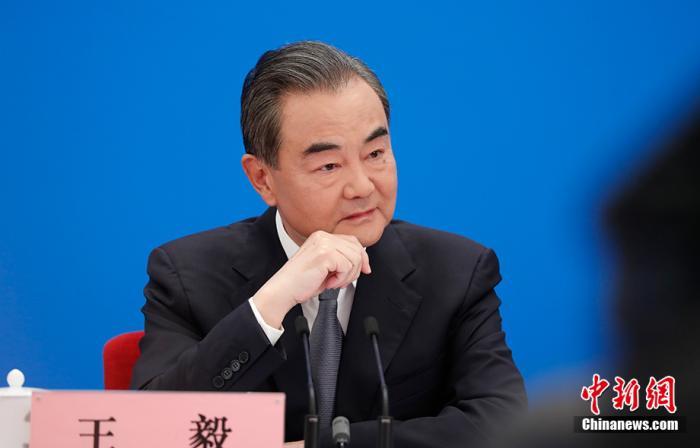 特别的外长会,王毅以喻释义答记者