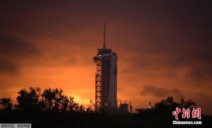受恶劣天气影响 SpaceX商业载人航天发射任务推迟图片