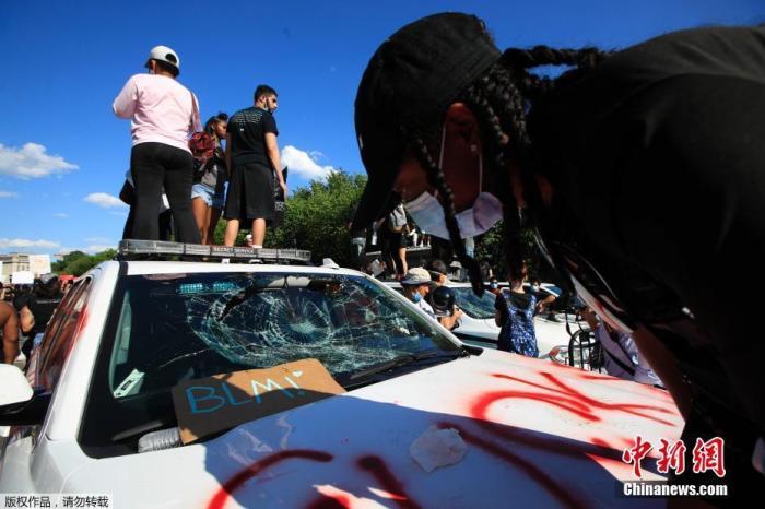 美种族示威蔓延 涉案警察被控谋杀起诉过程或漫长