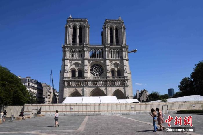 """法国新任文化部长:巴黎圣母院塔尖按原样重建已取得""""广泛共识"""""""