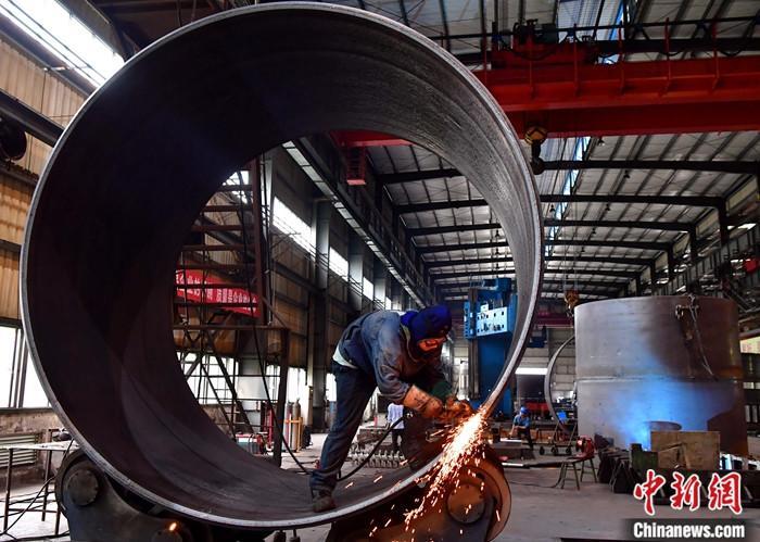 国家统计局:10月份全国工业生产者出厂价格同比下降2.1%