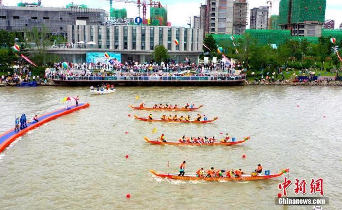 文旅部:端午假期首日1727.6万人次出游