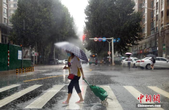 东北地区中南部等地有较强降雨 局地有大暴雨