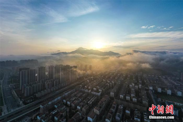 莫妮卡 贝鲁齐住建部征求意见:县城新建住宅以6层为主 最高不超18层