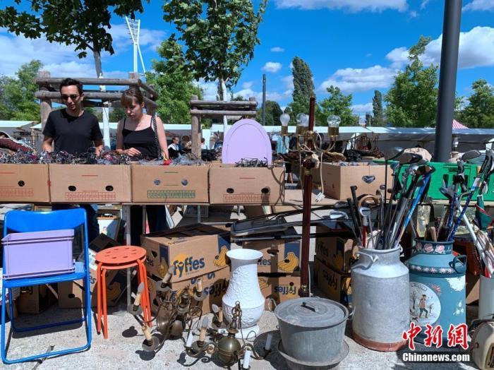 7月5日,因疫情關閉近4個月的柏林墻公園跳蚤市場重開。<a target='_blank' >中新社</a>記者 彭大偉 攝