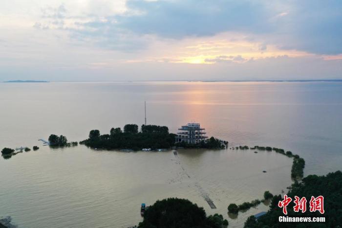 长江干流及洞庭湖、鄱阳湖水位全线退至警戒以下