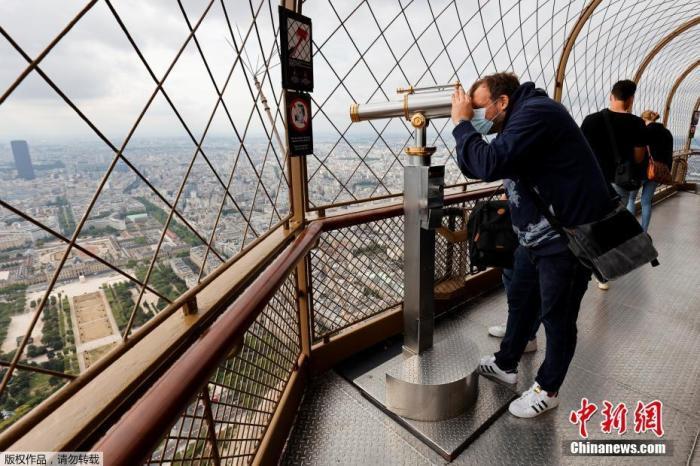 外媒:巴黎埃菲尔铁塔进行人员疏散 疑收到炸弹威胁图片