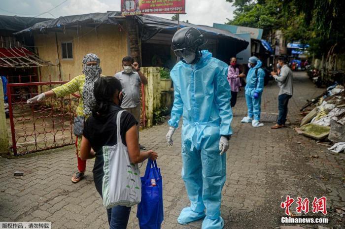 420万人感染!印度新冠确诊人数超巴西 居全球第二图片