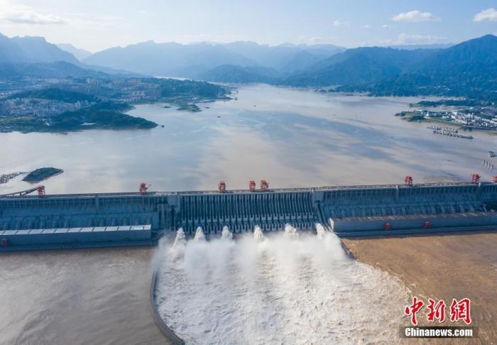 长江中下游干流仍然维持高水位 全力做好各项防汛抗洪工作