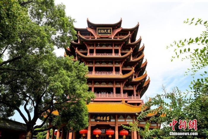 资料图:湖北武汉黄鹤楼。 中新社记者 张畅 摄