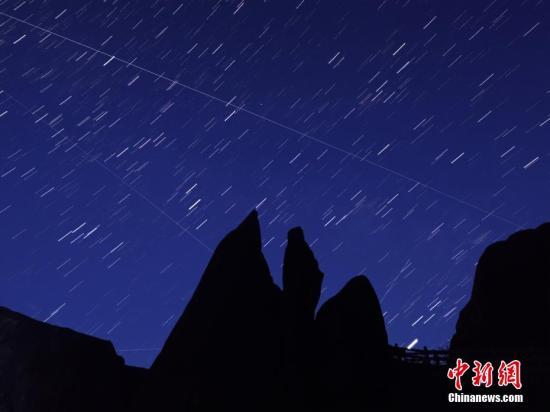 水果机天文台推荐壮观的流星雨