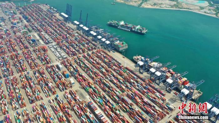资料图:集装箱码头。<a target='_blank' href='http://www.chinanews.com/'>中新社</a>记者 陈文 摄