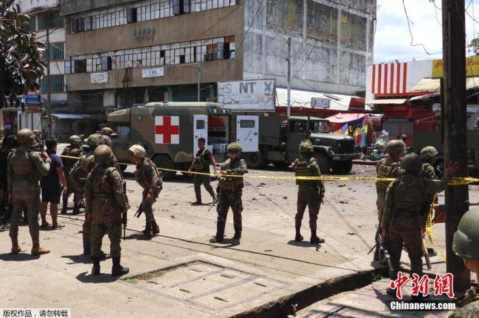菲律宾首都地区联合部队换将 重在反恐图片