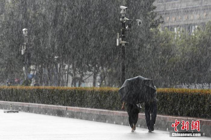 """强台风""""美莎克""""来袭!韩国灾难预警级别上调至最高图片"""