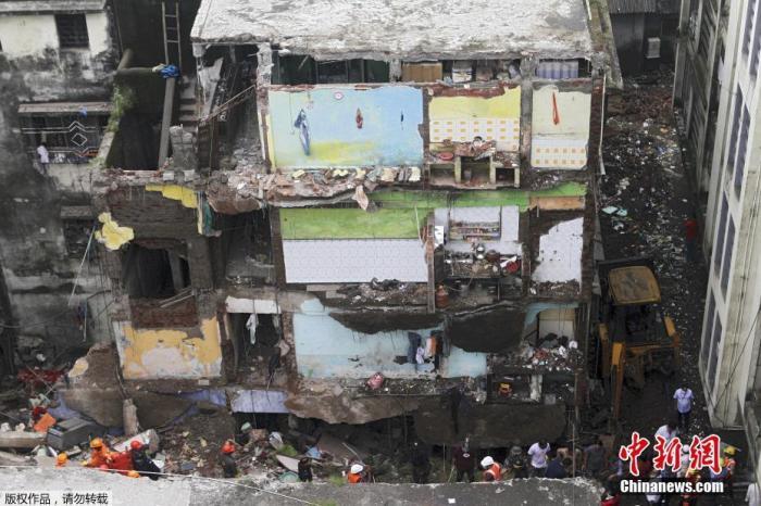 印度西部建筑物倒塌事故已致39人亡 救援仍在继续图片