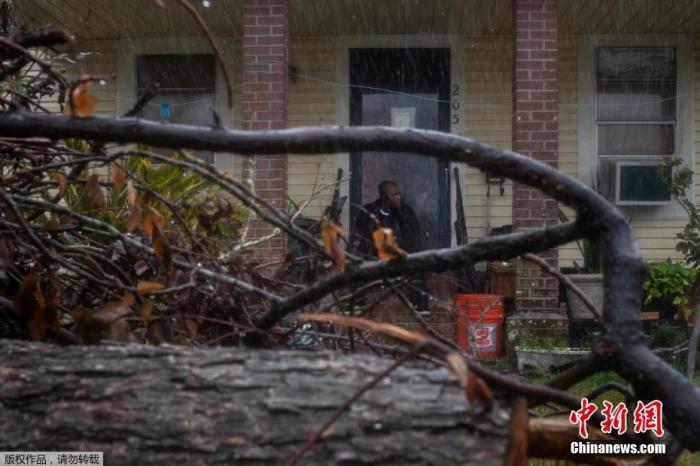 """飓风""""德尔塔""""登陆美路易斯安娜州 或伴随致命巨浪图片"""