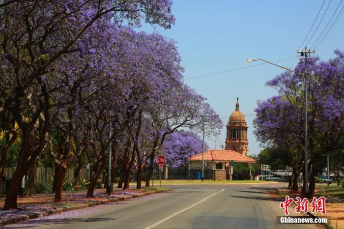 南非展开假期安全专项行动应对出行高峰