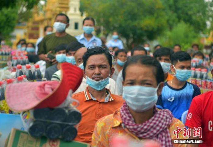 柬埔寨洪涝灾害已致43人丧生 全国近60万人受灾