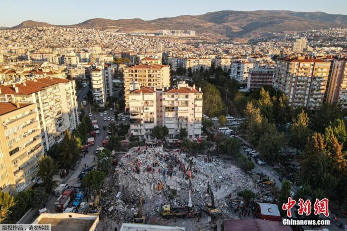 华宇娱乐主管q:69222237:爱琴海地震致土耳其51人遇难 8