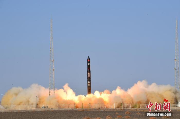 谷神星一号运载火箭是北京星河动力装备科技有限公司研制的一款小型固体商业运载火箭,可满足近地轨道微小型卫星发射需求。汪江波 摄