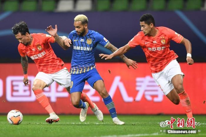 资料图:中国足球协会超级联赛比赛现场。图片来源:ICphoto