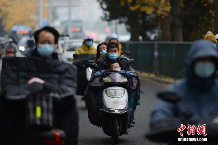 内蒙古甘肃等地有扬沙或浮尘 全国大部地区温度持续回升