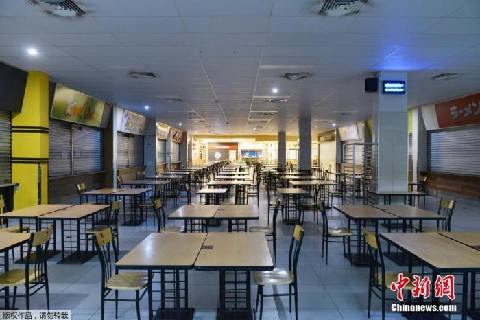 当地时间11月19日,南澳大利亚州首府阿德莱德,一家餐厅无人光顾。