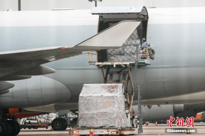 民航局:机场货物运输装卸时进口货物与其它货物不混装、不交集