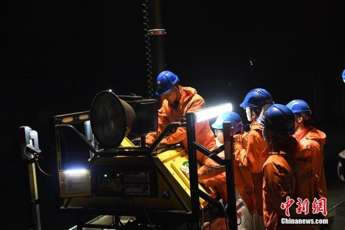 应急管理部:2020年, 全国煤矿将发生123起事故, 228人死亡