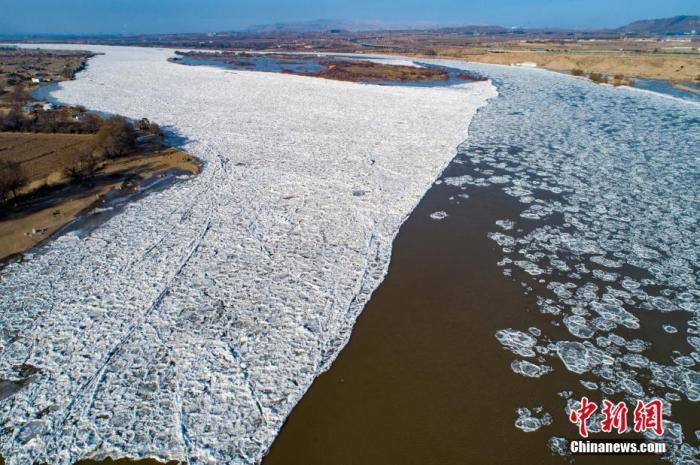 """黄河""""千里冰封""""累计封河逾700公里"""