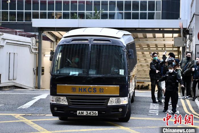 内地记者付国豪香港机场被困案 3被告分别判囚4年3个月至5年半