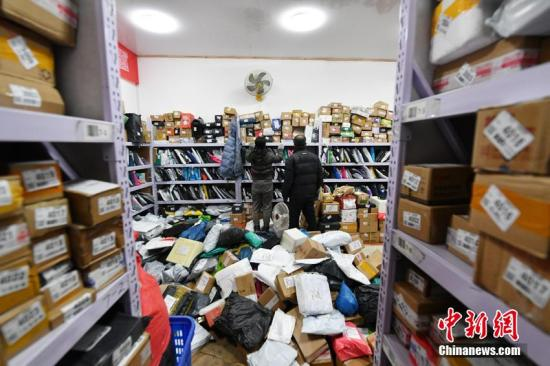 China's courier sector handles 660 mln parcels during Spring Festival holiday