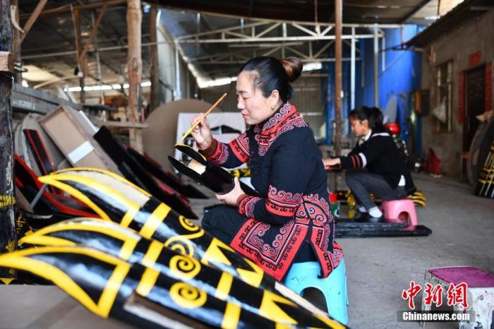 中国常驻联合国代表团举行吹风会介绍中国脱贫攻坚成就