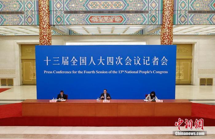 李克强:继续让中国成为外商投资的重要目的地、世界的大市场