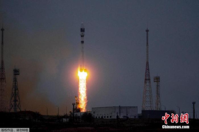 """一箭36星!俄""""联盟-2.1b""""号运载火箭成功发射"""
