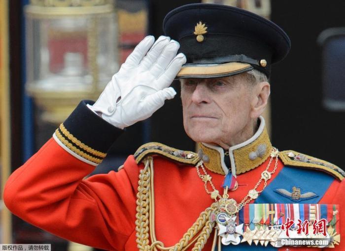 逾6000名英国人请愿为菲利普亲王竖雕像 首相也支持