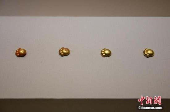 2,700-yr-old cat paw-shaped ornaments a hit on Chinese social media