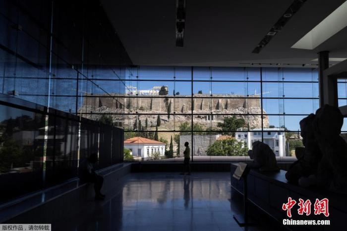 希腊四地紧急限制 专家称2022年夏季有望回归正常