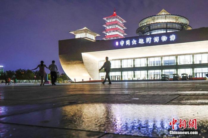 博物馆新唐风建筑融合传统与现代之美。 泱波 摄