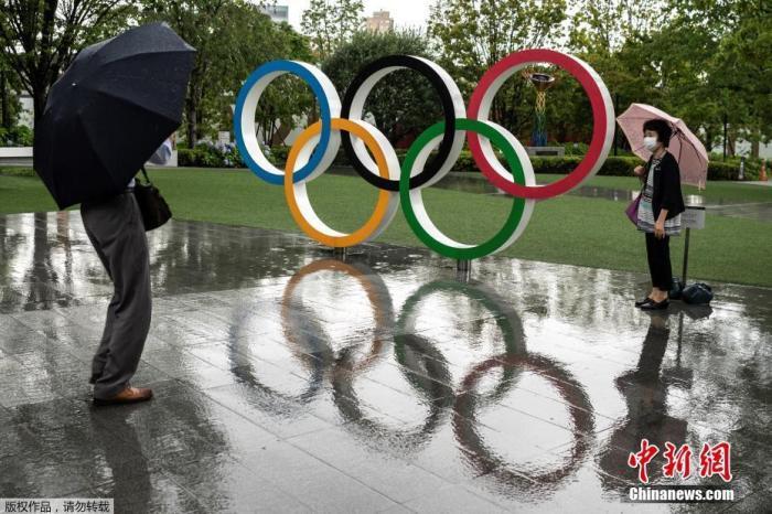 6月24日消息,2020东京奥运会开幕进入倒计时阶段,日本东京街头遍布奥运元素。