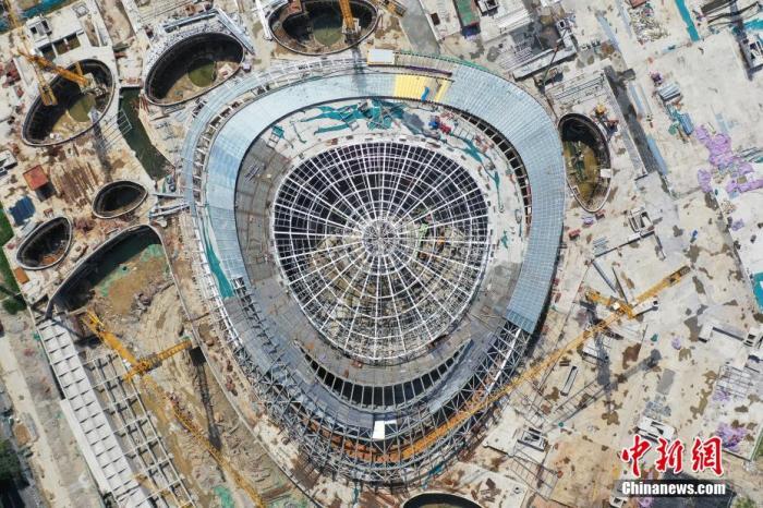 航拍杭州亚运会电竞场馆。 王刚 摄