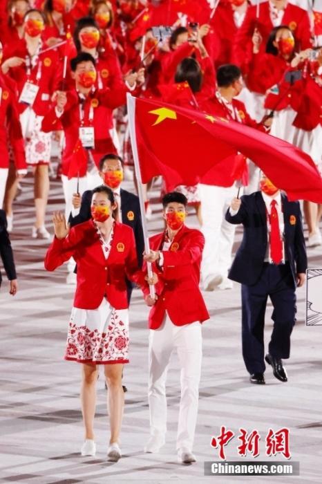 赛事前瞻:跳水梦之队初登场 中国双旗手同亮相
