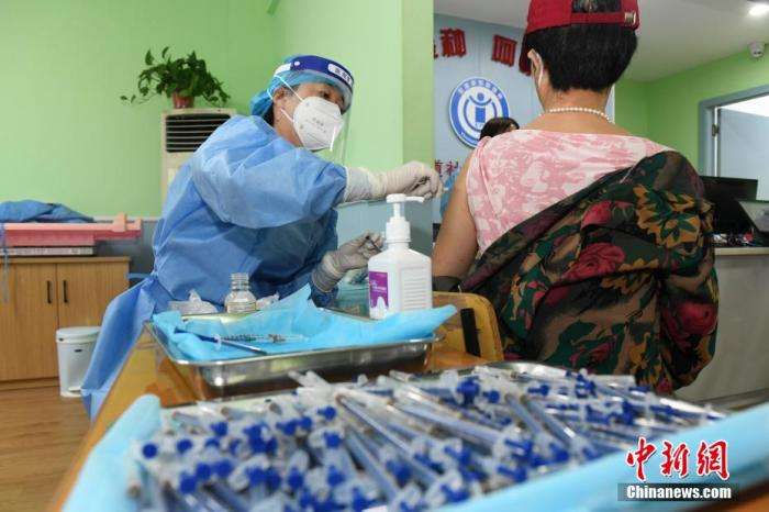 31省份累计报告接种新冠病毒疫苗218260.4万剂次