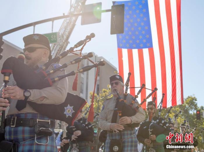 """当地时间9月11日,美国加州圣何塞举行""""9·11""""事件20周年纪念仪式。记者 刘关关 摄"""