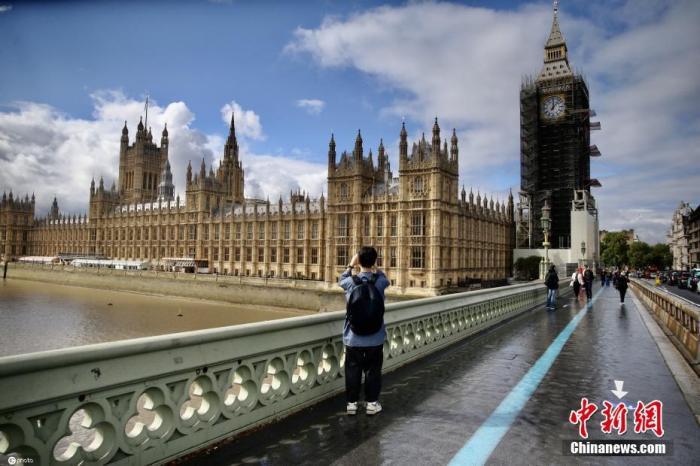 英国将额外拨款59亿英镑 处理因疫情积压的医疗服务